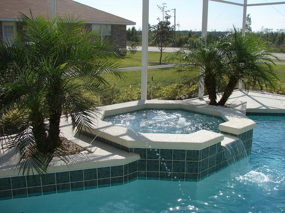 renovation piscine polyester